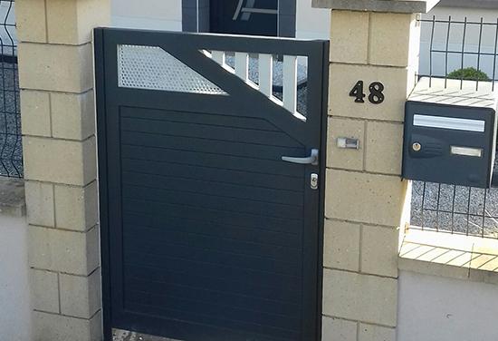Porte portail à Alençon dans l'Orne 61